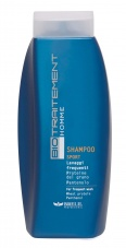 Homme shampooing sport